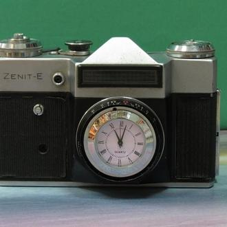 Годинник Фотоапарат