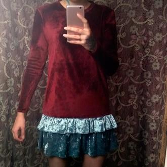 Стильное бархатное платье