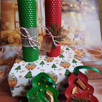 Новогодний набор свечей из вощины и флорентийское аромасаше новогодний подарок новогодний декор