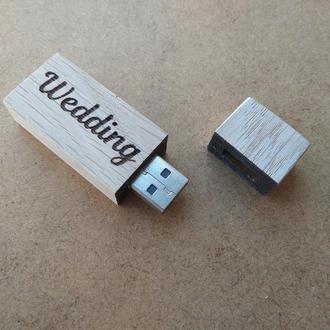 Флешка из дерева USB 64 ГБ