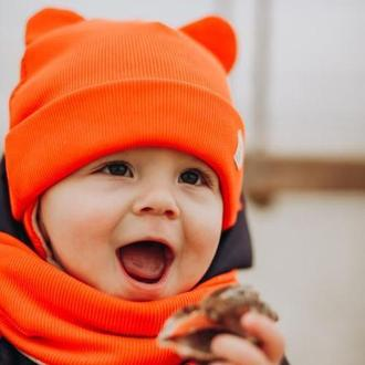Зимняя шапка без торчащей макушки с ушками
