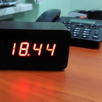 IoT Clock-2.0 - розумний настольний годинник з Wi-Fi