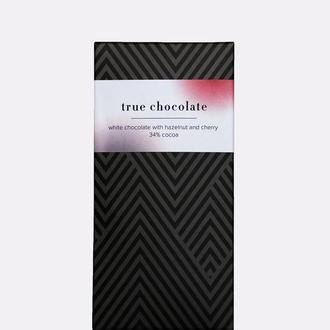 Премиальный белый шоколад 34% с вишней и фундуком