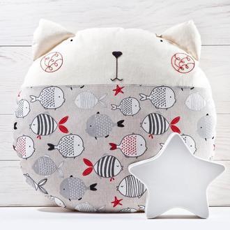 Подушка кот с рыбками, Круглая подушка, Декор в детскую