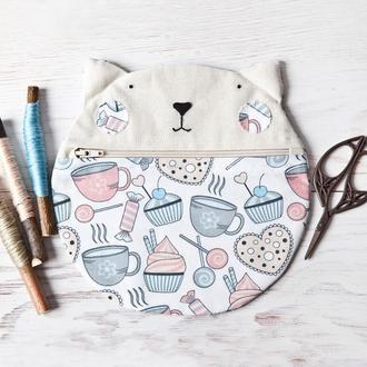 Косметичка кошка, капкейки и чай, круглая косметичка
