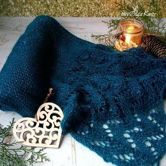 Вязаный шарф - палантин