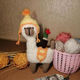 Ламы. Вязаные ламы. Вязаные игрушки. Ламы в шапочках. Альпака Игрушка для детей Интерьерная игрушка