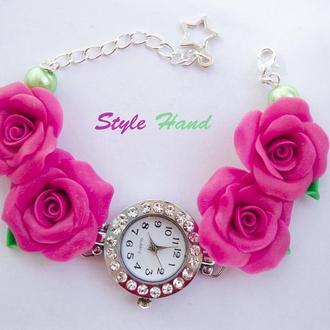 Часы с розами из полимерной глины