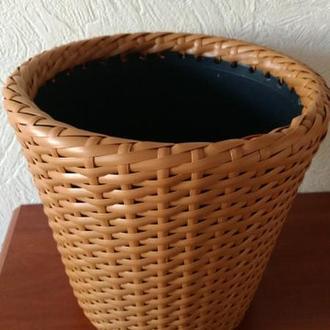 Кашпо (плетеный горшок для цветов) из искусственного ротанга (техноротанг)