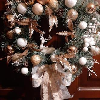 Різдвяний новорічний вінок