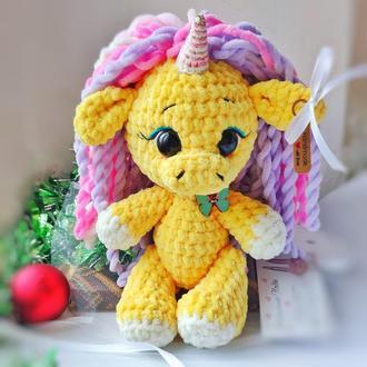 """Игрушка детская """"Единорожка"""" жёлтая с разноцветной гривой"""