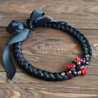Шелковое колье-коса Черное со стразами и хрусталем