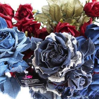 """Цветы из ткани розы """"Джинсовый переполох"""""""