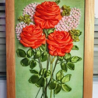 Картина вышитая лентами Розы