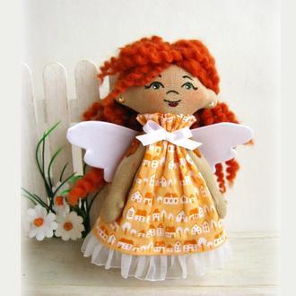 Маленькая рыжая фея