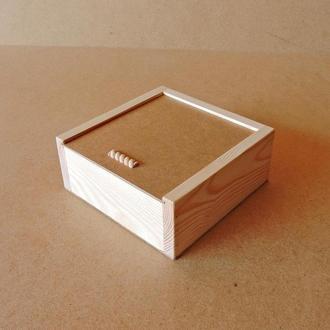 Пенал дерев'яний Гіацинт 20х20х8см