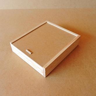 Пенал дерев'яний Гіацинт 30х35х8см