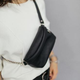 Черная поясная сумка, сумка на пояс, женская Бананка (кожаная)
