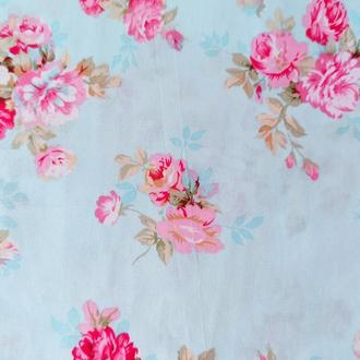 "Ткань хлопок ""Букеты роз на голубом"". Отрез 40*50 см"
