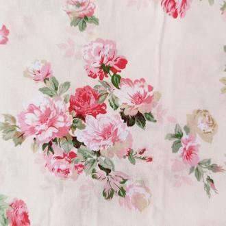 """Ткань хлопок """"Букеты роз на бежевом"""". Отрез 40*50 см"""
