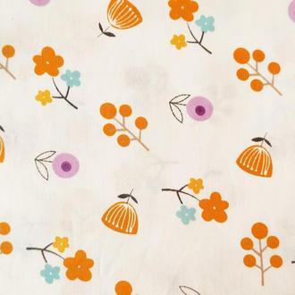 """Ткань хлопок """"Оранжевые и сиреневые цветы"""". Отрез 40*50 см."""