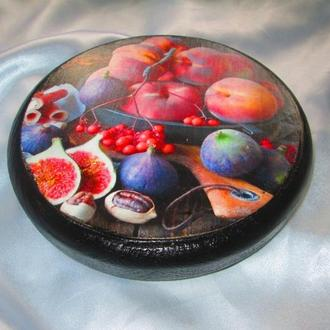 Сырная доска ′Персик и инжир′ для оригинальной подачи закусок, для сервировки стола.