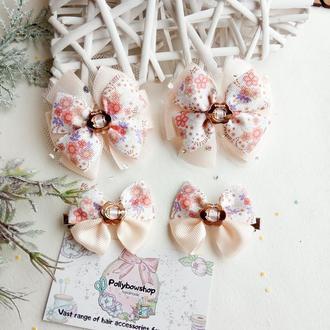 Бантики с цветами цветочные банты резинки для волос весенние заколочки