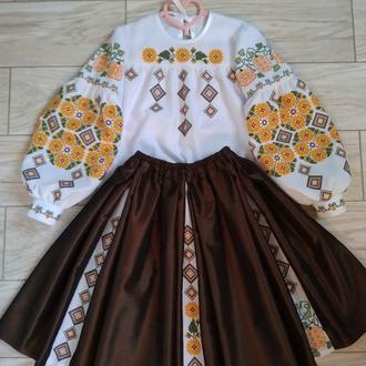 Блузка и юбка Ручной  вышивки