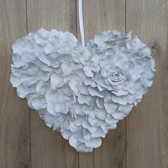 Сердце белое из лепестков роз - декор для Свадьбы, фотозони, дня Валентина