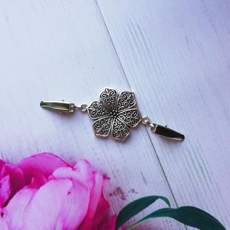 Зажим для одежды Цветок никель