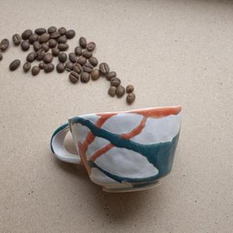 Чашка из белой глины
