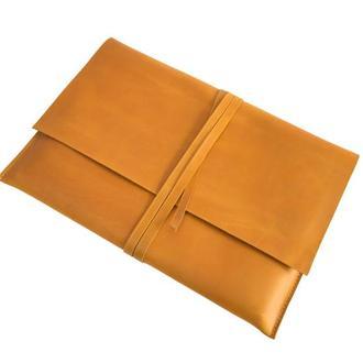 Кожаный чехол  для MacBook. 03013/желтый