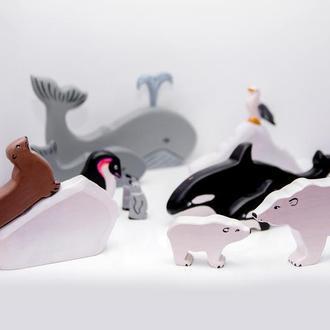 Набор северных животных и птиц,м включает в себя 13 игрушек.