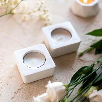 Белый подсвечник  из бетона под свечу-таблетку, бетонные подсвечники