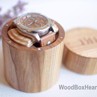 Деревянный футляр для хранения наручных мужских часов