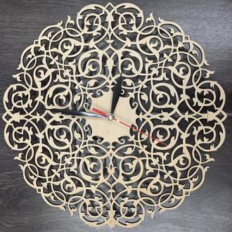 Настенные часы  «Винтажный орнамент»