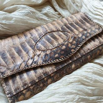 Шикарный  женский кошелек из натуральной  кожи питона