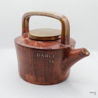 Керамічний чайник для чаю авторського дизайну