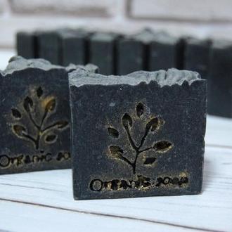 Натуральное мыло с активированным углем шелком