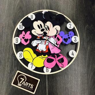 Детские настенные цветные часы из дерева  «Микки Маус»