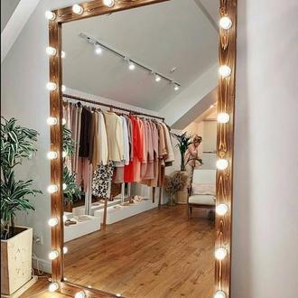 Зеркало в бутик