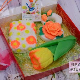 Набор мыла для женщин на 8 марта, Тюльпан, цветы