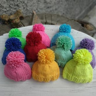 Пасхальный декор,вязаные шапочки. Украшение для яиц.