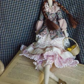 Интерьерная кукла-тильда с грушами