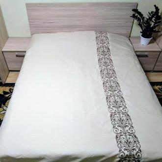 Покрывало на кровать с вышивкой