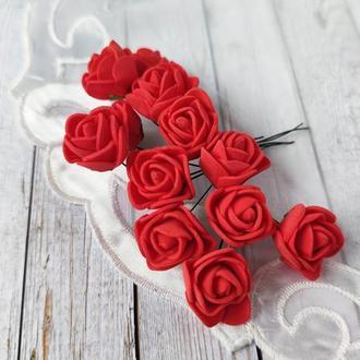 Декоративные розы из фоамирана красные .12шт