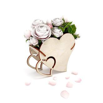 Деревянная подарочная коробочка в виде сердца
