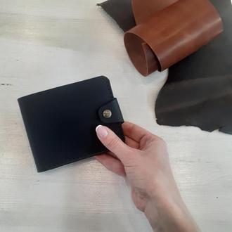 Мужское портмоне из натуральной кожи черного цвета