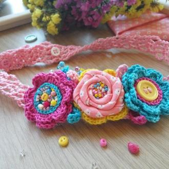 Яркая повязка для девочки