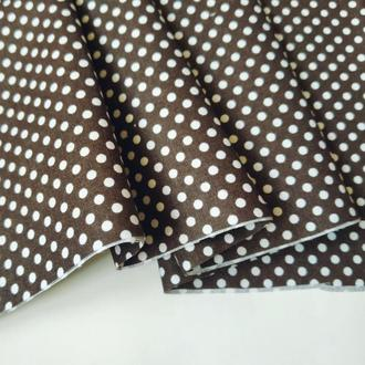 Ткань хлопок для рукоделия горошек на коричневом фоне